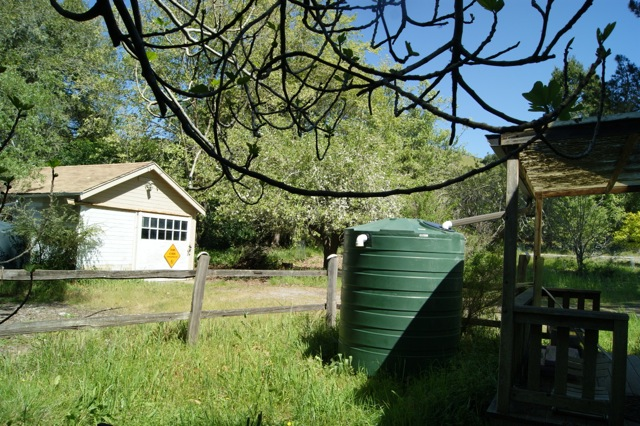 Water tank (plain)