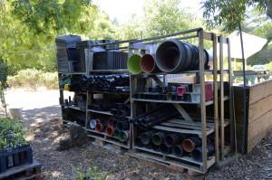 New shelf system for storing nursery pots