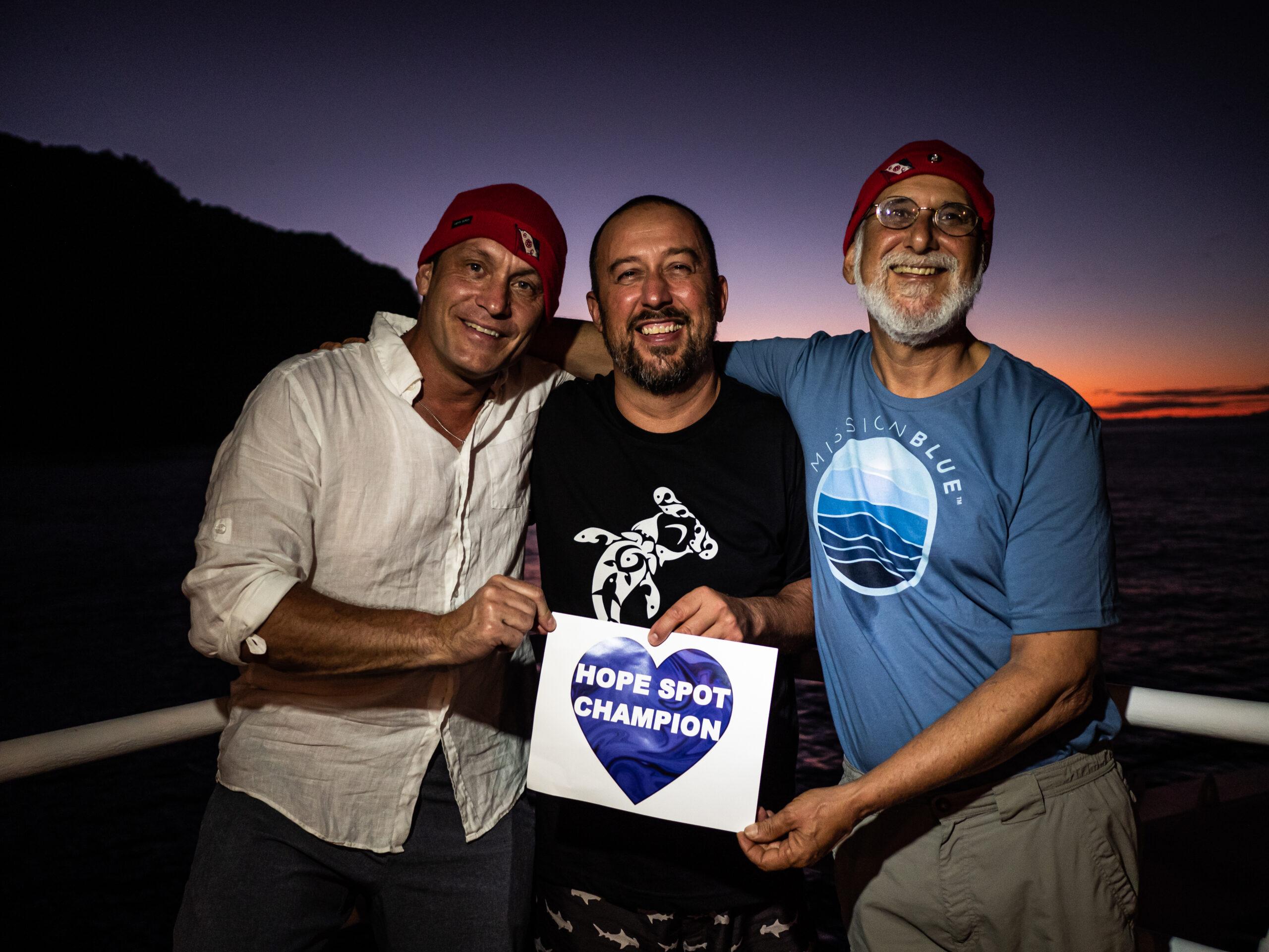 """La primera área protegida marina binacional del mundo gana impulso como """"Lugar de Esperanza"""" (Hope Spot)"""