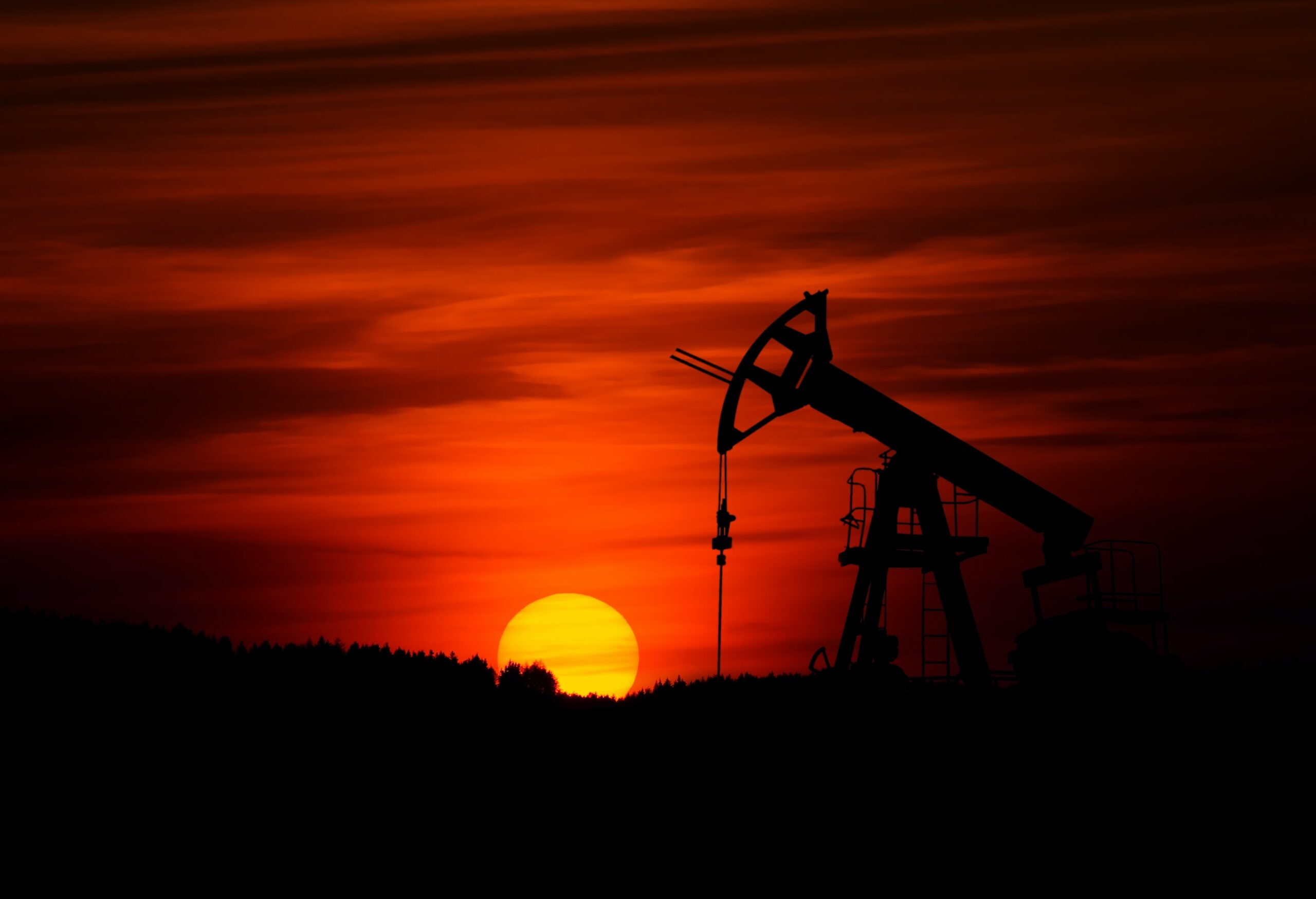 California Phasing Out Oil Extraction and Fracking