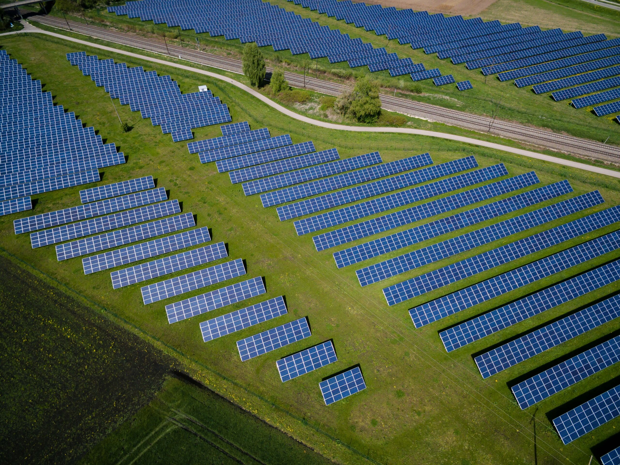 Report Pushes for Increased Solar and Wind Power to Combat Climate Change